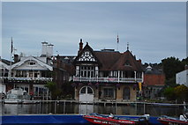 SU7682 : View across the River Thames by N Chadwick