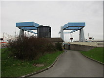 TA1031 : Stoneferry Bridge by Jonathan Thacker
