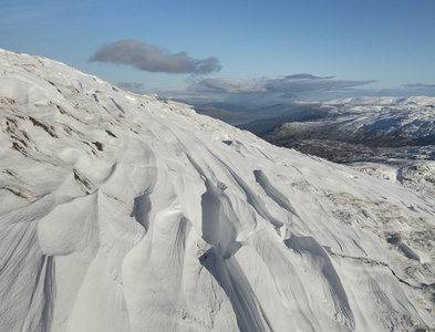 NN4522 : Ripples in the snow on Meall na Dige by Doug Lee