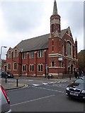TQ2284 : Willesden Green Baptist Church by David Smith