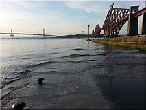 NT1378 : Hawes Pier and Forth  Bridge by Clive Nicholson