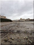 TQ3680 : Thames River bed view by Dave Thompson