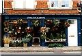 SU4997 : Fabulous Flowers on Bridge Street by Steve Daniels