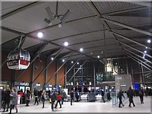 TQ3979 : North Greenwich tube station - interior by Mike Quinn