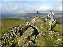 SO2718 : Enjoying the Sugar Loaf summit by Philip Halling