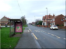 TA1181 : Bus stop and shelter on Scarborough Road (A1039), Filey by JThomas