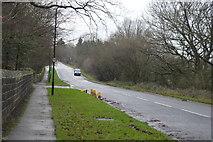 SE2853 : Beckwith Head Rd by N Chadwick