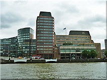 TQ3078 : Buildings on Albert Embankment on site of pottery by Robin Webster