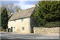 SP4314 : Hanborough Lodge, Main Road by Roger Templeman