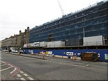 NT2674 : Building site, Leith Walk by Richard Webb