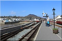 SH5738 : Waiting for the train at Porthmadog by Richard Hoare