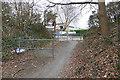 SU9859 : Walkway to Sythwood by Alan Hunt
