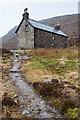 NG9447 : Coire Fionnaraich bothy by Doug Lee
