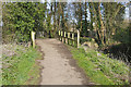 SU8748 : Footbridge, Blackwater Valley Path by Alan Hunt