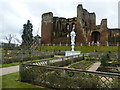 SP2772 : Kenilworth Castle viewed from the Elizabethan Garden by Graham Hogg