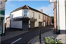 SJ6807 : High Street, Dawley by Ian S