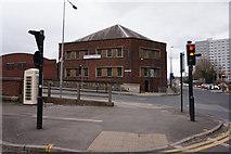 TA0828 : Anlaby Road at Park Street, Hull by Ian S