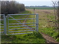 TL1098 : Gate along the Sutton Crossways track by Mat Fascione