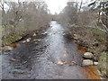 NJ0120 : The River Nethy, from the footbridge in Nethy Bridge by John Lord