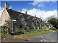 SP0215 : Cottages on High Street by Graham Hogg