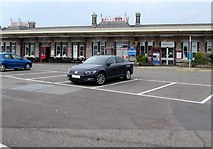 SX9473 : Entrance to Teignmouth railway station by Jaggery