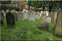 TQ3282 : View of graves in Bunhill Fields #17 by Robert Lamb