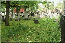 TQ3282 : View of graves in Bunhill Fields #19 by Robert Lamb