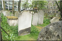 TQ3282 : View of graves in Bunhill Fields #21 by Robert Lamb