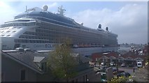 W7966 : Cobh cruise liner terminal by Hywel Williams