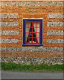 SU1449 : Brick and flint at Haxton by Stefan Czapski