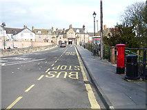 NT9953 : Elizabeth II postbox and phonebox outside Berwick-upon-Tweed Railway Station by JThomas