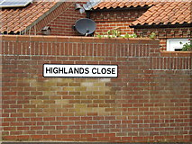 TM0855 : Highlands Close sign by Adrian Cable