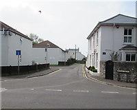 ST3049 : West along Myrtle Drive, Burnham-on-Sea by Jaggery