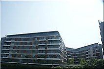 TQ3783 : View of apartments on the River Lea from the River Lea towpath #2 by Robert Lamb