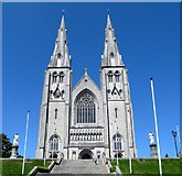 H8745 : The statues of SS Malachy and Patrick outside St Patrick's Catholic Cathedral by Eric Jones