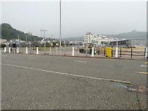 TR3140 : Closure of path/cycleway on Esplanade by John Baker