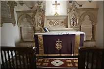 SU5393 : Altar in St Peter & St Paul by Bill Nicholls