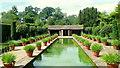 SO5152 : Hampton Court Gardens, 5 by Jonathan Billinger