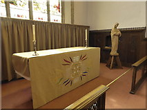 TL1998 : St John the Baptist, Peterborough: altar by Basher Eyre