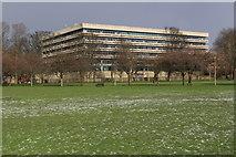 NT2572 : University of Edinburgh George Square Library by Graeme Yuill