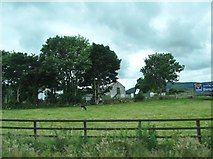 J0718 : Farm house and outbuildings on the Newtown Road by Eric Jones