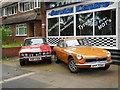TQ3195 : Rover 3500 and MGB cars, Grange Park by Paul Bryan