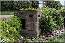 O1276 : Defending neutral Ireland in WWII: Boyne defences - Beaulieu pillbox (2) by Mike Searle