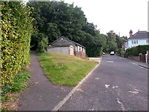 SZ0895 : Redhill: footpath O24 from Park Lane by Chris Downer