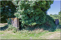SU1007 : WWII airfield bombing decoy control bunker - Moors Valley Golf Course (1) by Mike Searle
