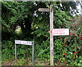 SN1304 : Coast Path signpost,  The Glen, Saundersfoot by Jaggery
