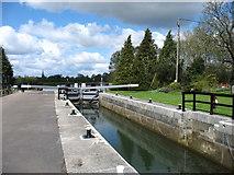 SU2299 : St John's Lock, Lechlade by David Purchase