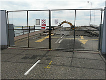 TR3140 : View through a gate by John Baker