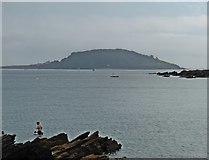 SX2551 : St George's Island by Roger Cornfoot