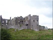 SN0403 : Carew Castle by welshbabe